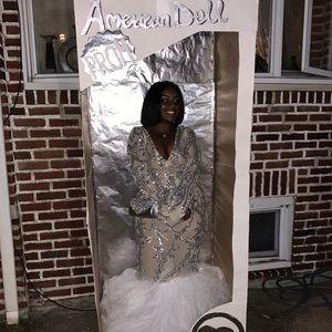 Dresses & Skirts - 2019 prom dress